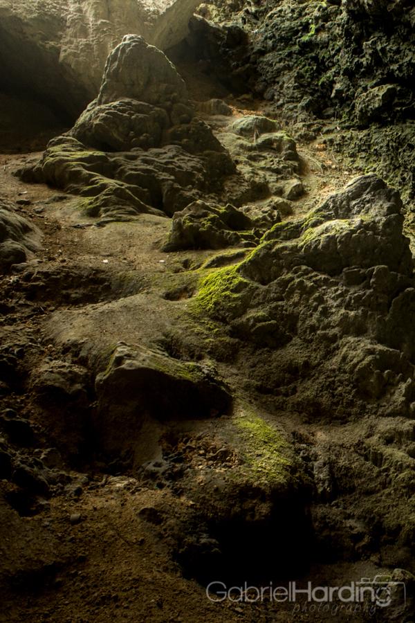 Los Tres Ojos Caves-1-2