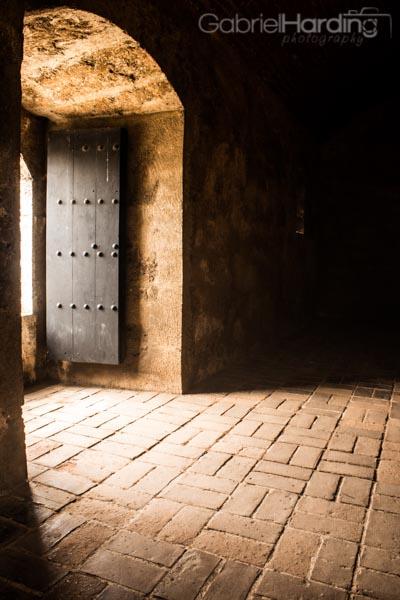 light, door, shine, Fortaleza Ozama