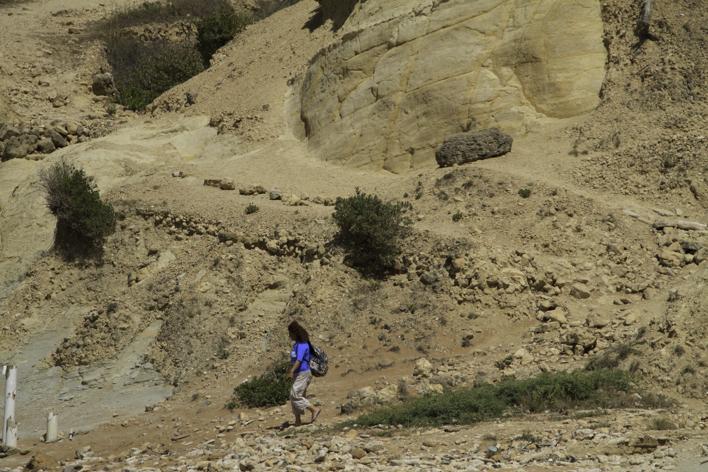steep climb, rocky, girl