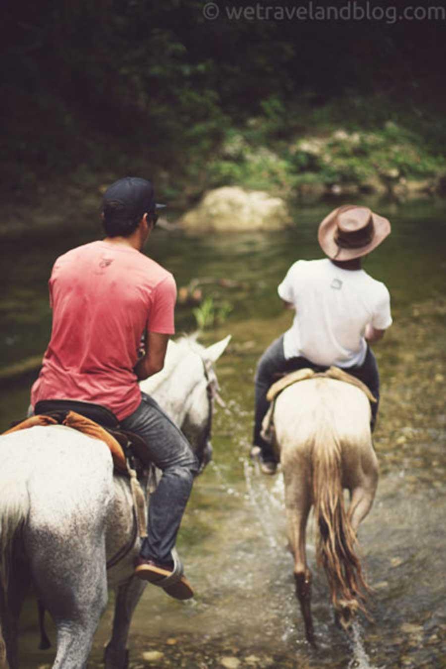 horse, adventure, dominican republic, two horses, magic, http://wetravelandblog.com