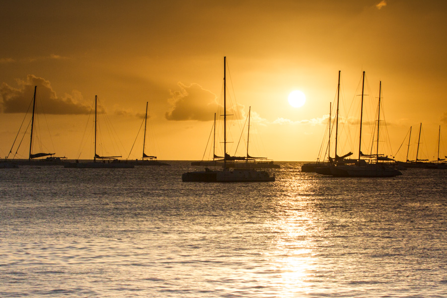 sunset, orange, ball of fire, ocean, sea, catamarans, byahibe, dive bayahibe, http://wetraveladnblog.com