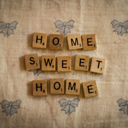 making any room deel like home, home sweet home, scrabble, typography, bows, blue, cute, cozy, comfy, http://wetravelandblog.com