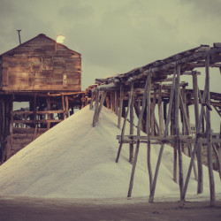 salt farm, salt, tough life, work, labor