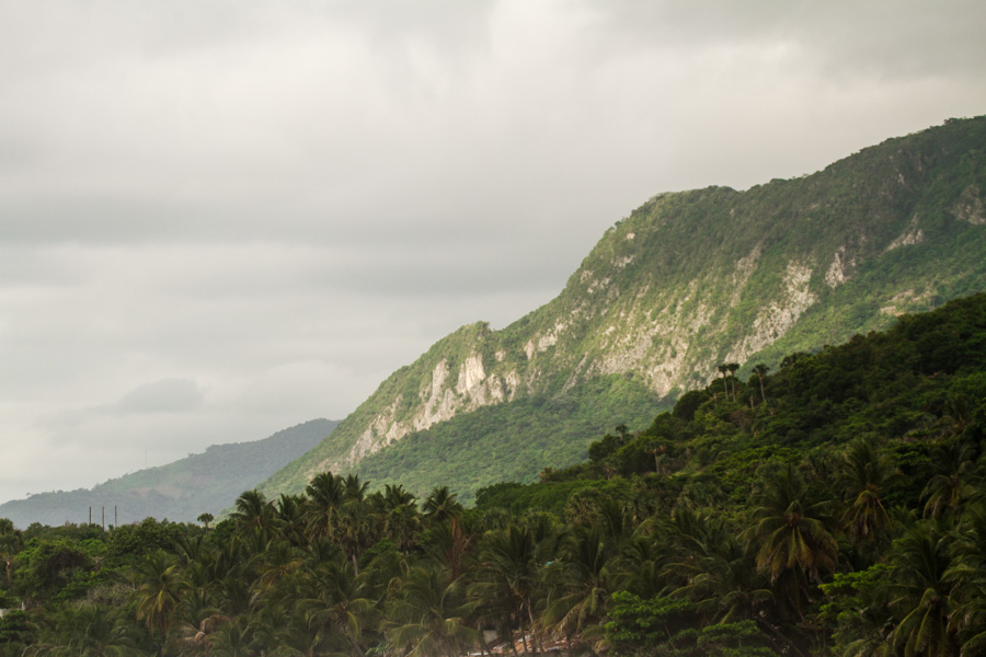 mountains of the DR-1-9