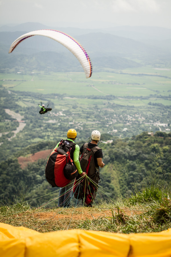 paragliding, dominican republic, flying inthe dominican republic, flying tony, get high, http://wetravelandblog.com