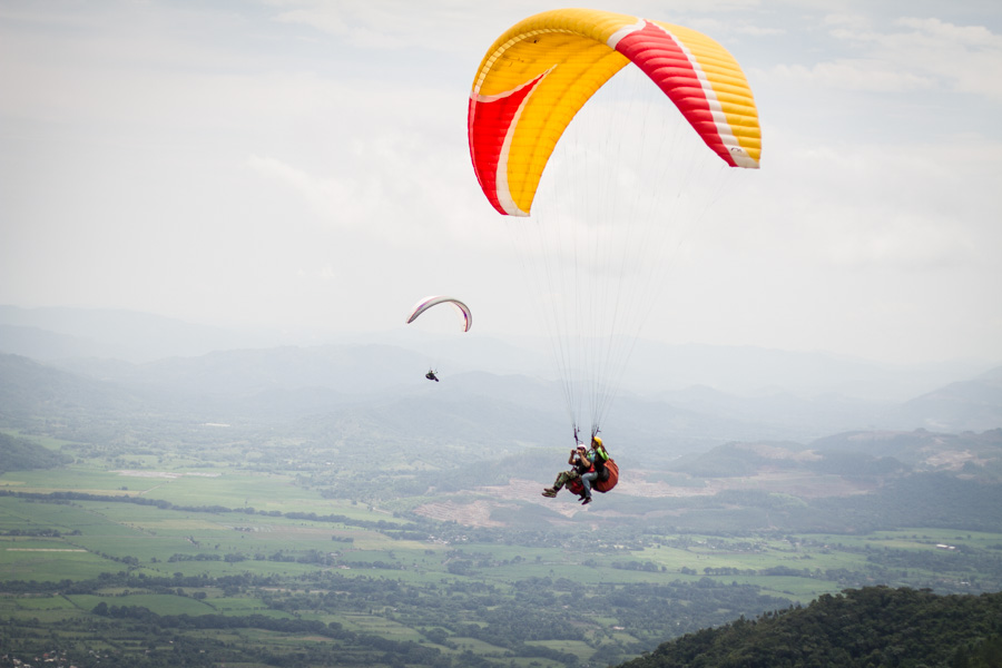 flying, paragliding, kites, in the air, get high, high, landscape, dominican republis, http://wetravelandblog.com
