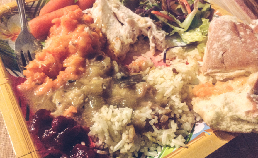 astoria, thanksgiving, paper plate, amazing, delicious, homeless, free meal, cranberry sauce, carrots, rice, turkey, turkey dinner, roll, gravy, yum, http://wetravelandblogcom
